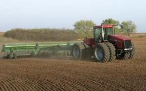 тракторная обработка посевов, дискование